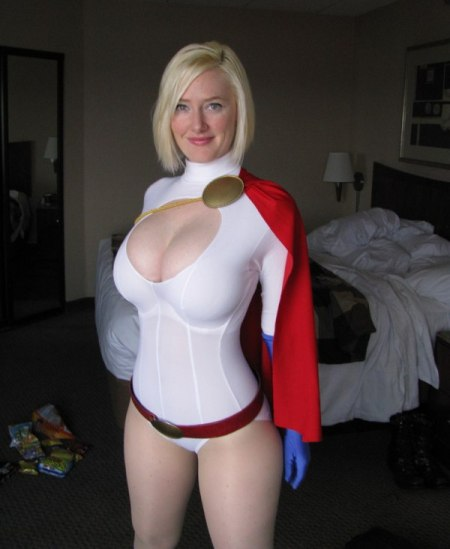 How to Make a Major impact on FREE Comic Book Day - Power girl.